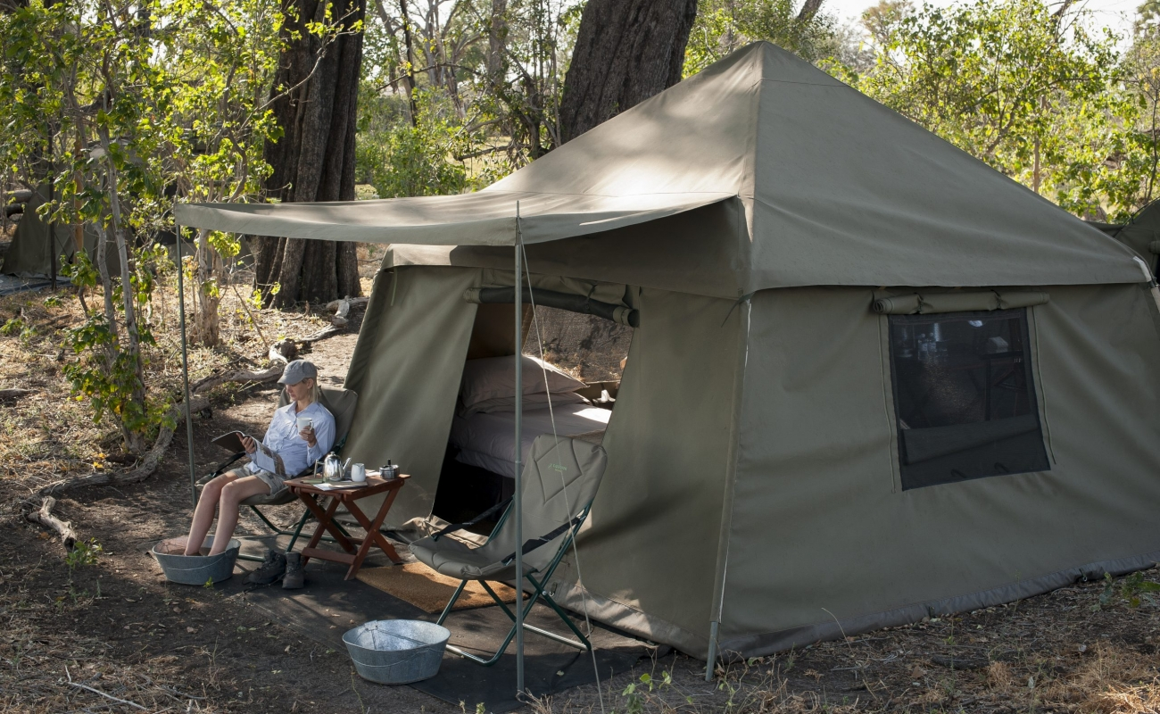 Expeditions_tent_216.jpg